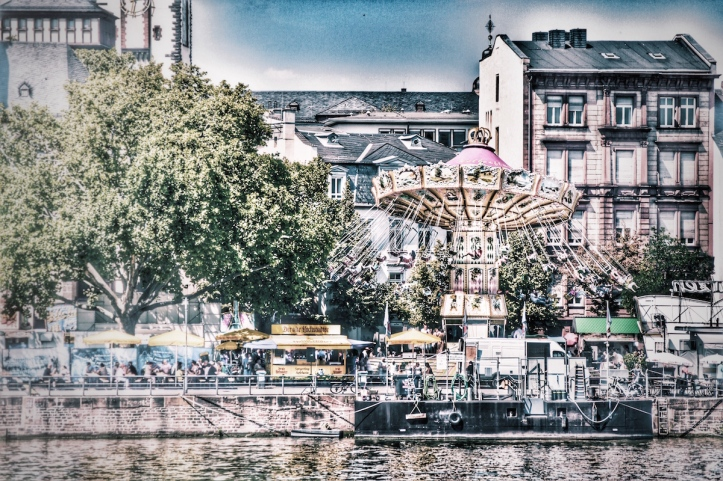 merry-go-round-and-a-round-rabirius